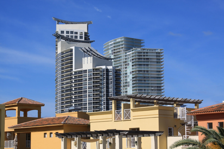 ICON South Beach, Icon Miami Beach condos