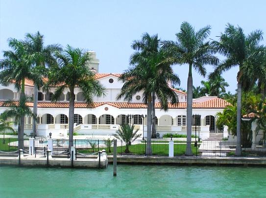 Star island miami beach homes for sale star island real for Star island miami houses