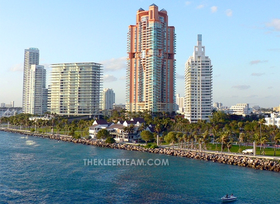 Portofino-Tower-condos-Miami-Beach